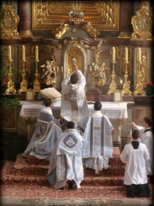 The Tridentine Mass, by the Priestly Fraternity of Saint Peter